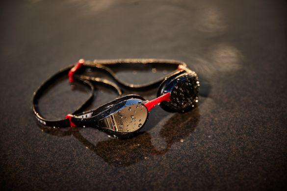 f0413ec2853e44 Zone3 Volaire race zwembril zwart/rood kopen? Bestel bij triathlon24.be